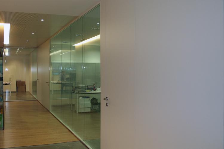 Oficinas nadico en el edificio cnv artis for Oficinas bbva terrassa